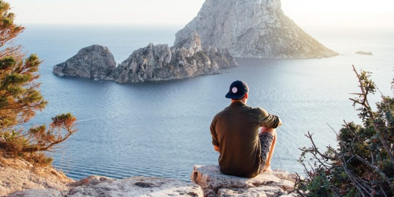 Is Travel Nursing Right For You? abbella medical staffing baltimore